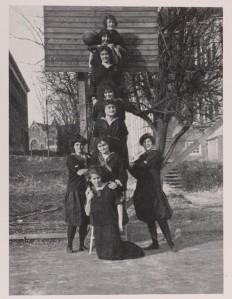 LB1972.L6.1914_SrBasketball